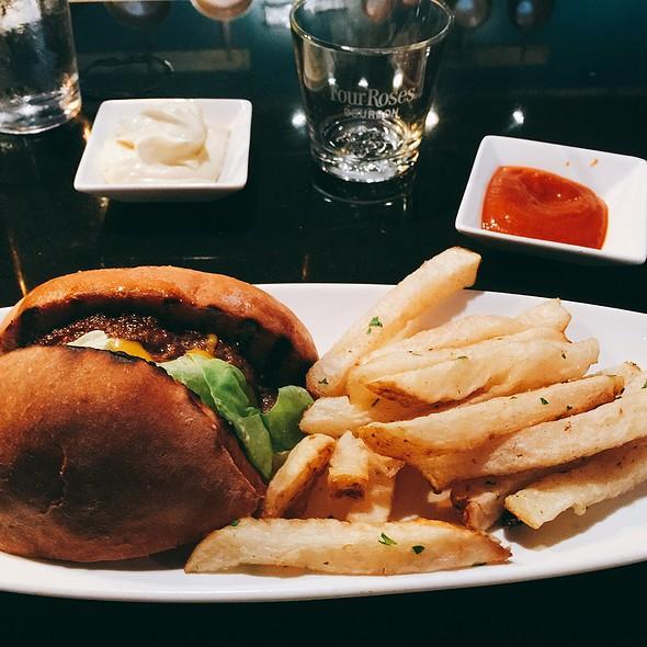 1/2 Whiskey Burger @ Formoli's Restaurant