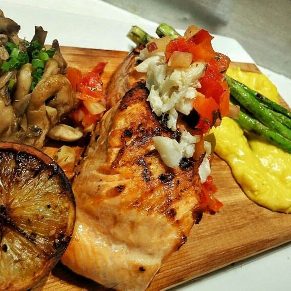 King Salmon - Providence Oyster Bar, Providence, RI