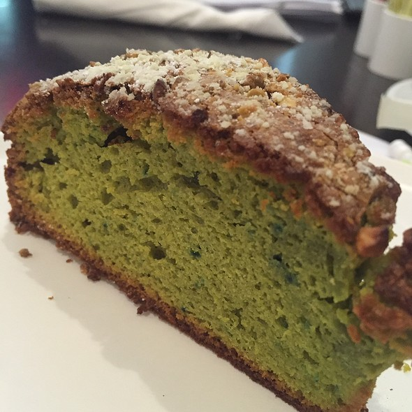 Pistachio Cake @ Fellini Caffe