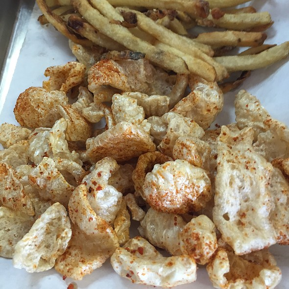 Pork Rinds @ Saddleback Bbq