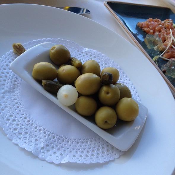 Olives @ El Cangrejo Loco