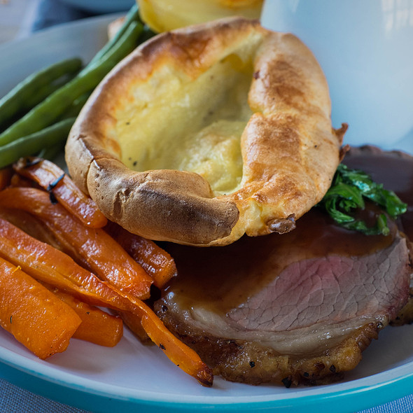 Yorkshire pudding...and roast beef @ The Queen's Head