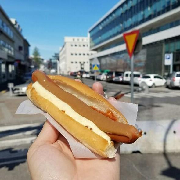 Hot Dog @ Bæjarins Beztu Pylsur