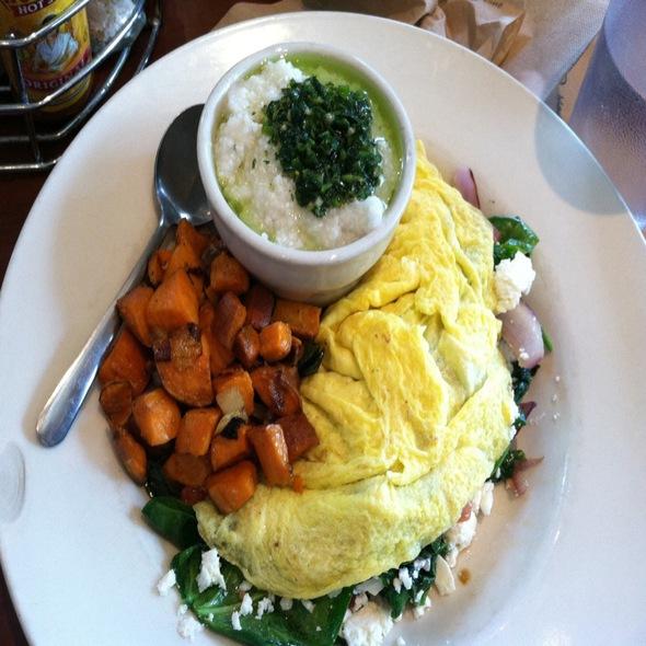 Spinach, Feta, Tomato Omlette @ Green Sage Coffeehouse & Cafe