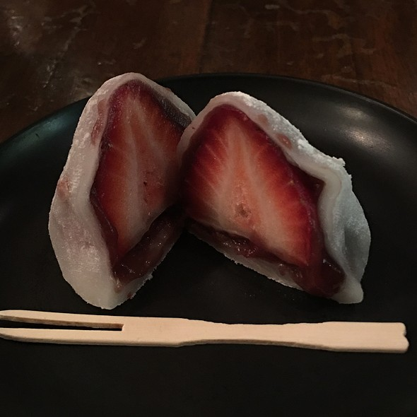 Fresh Strawberry Mochi