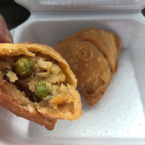 Baked Potato Simosas @ India Market