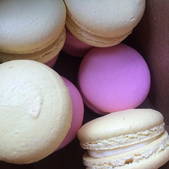 Macarons @ Crispian Bakery