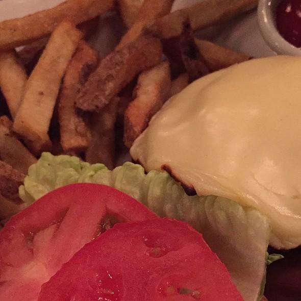 Cheeseburger - Harding's, New York, NY