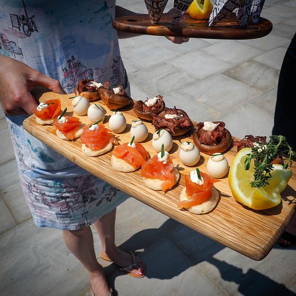 Canapés @ Richard Sanderson Catering & Events