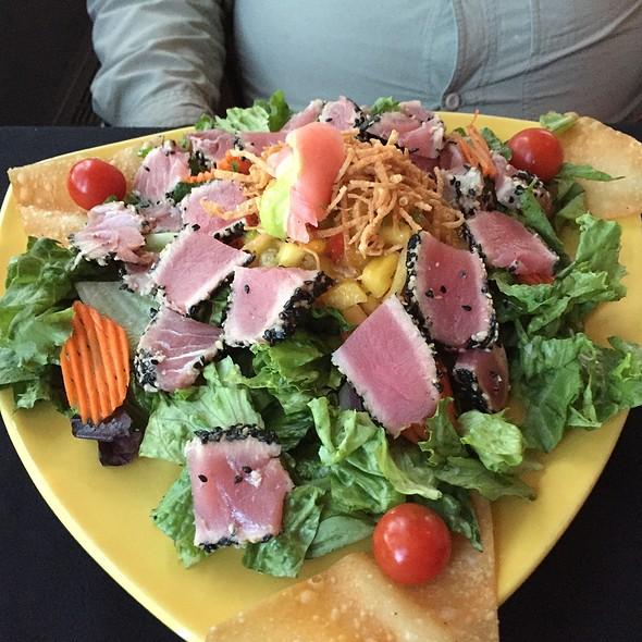 Ahi Tuna Salad @ Cape Fox Lodge
