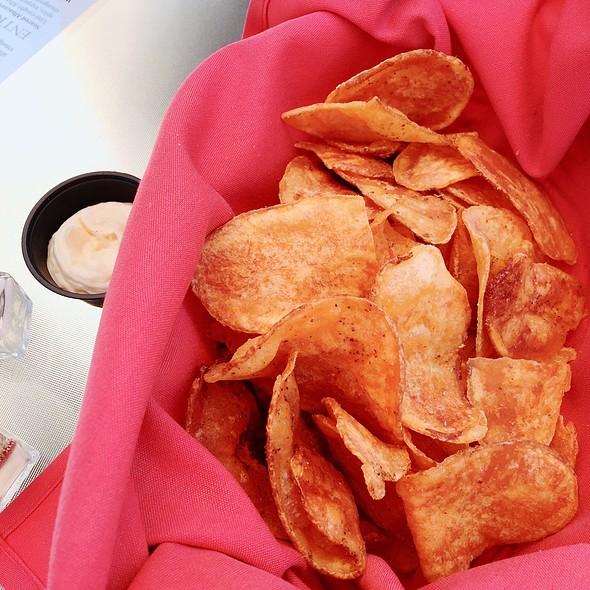 Chips @ Bel Vino