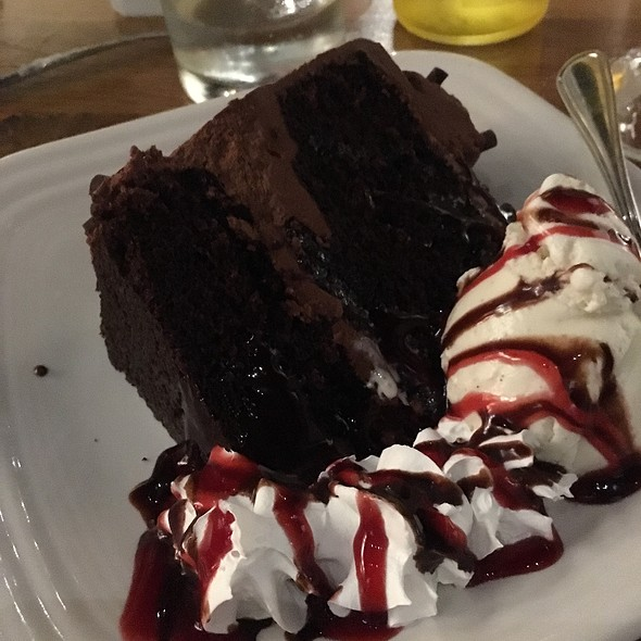 Chocolate Raspberry Cake @ Kaminsky's