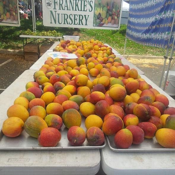 Mango A Go Go @ Kcc Farmers Market