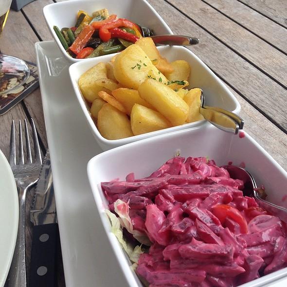Vegetables @ Restaurant NAP