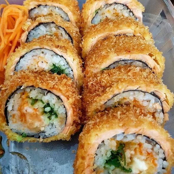 Amador Roll @ Soraku Sushi
