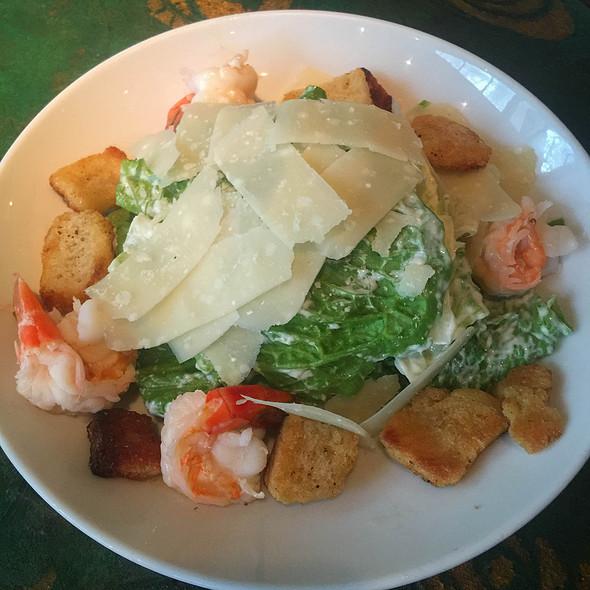 Caesar Salad with Prawns @ Le Cochonnet