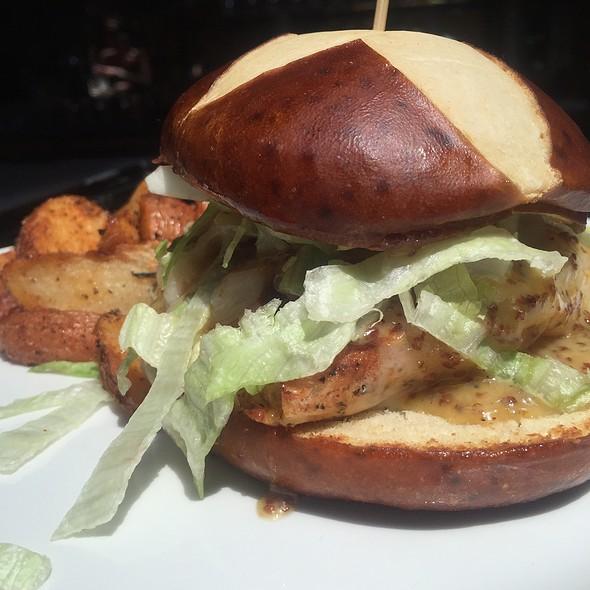 Pretzel Mustard Chicken Sandwich @ Tellers of Hyde Park
