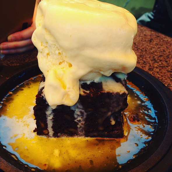Brownie @ Cantina Laredo