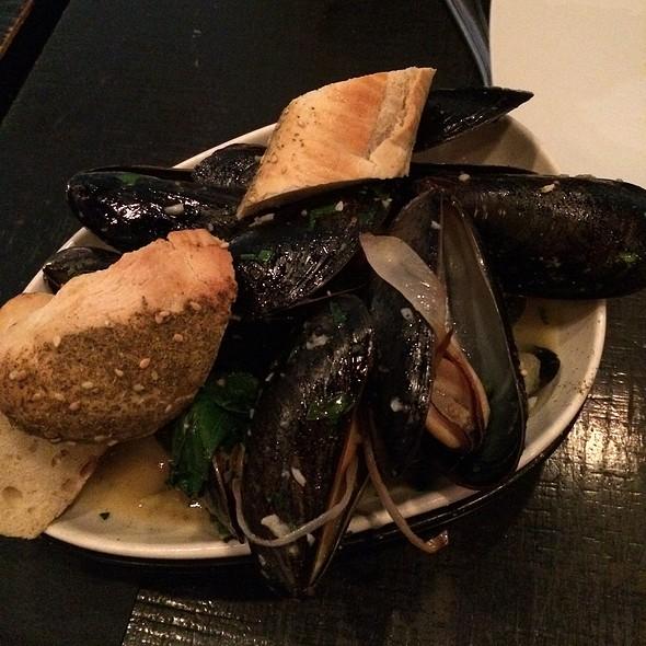 Mussels - Opa, Philadelphia, PA