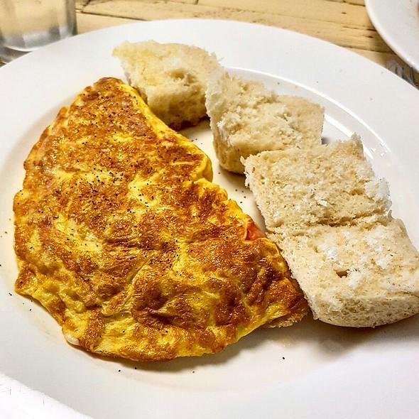 Omelette @ 4Bistro