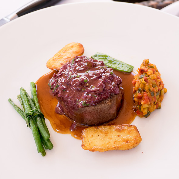Beef Fillet with Shallots
