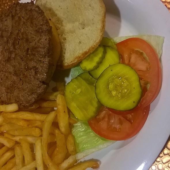 Binions Burger @ Binion's Cafe