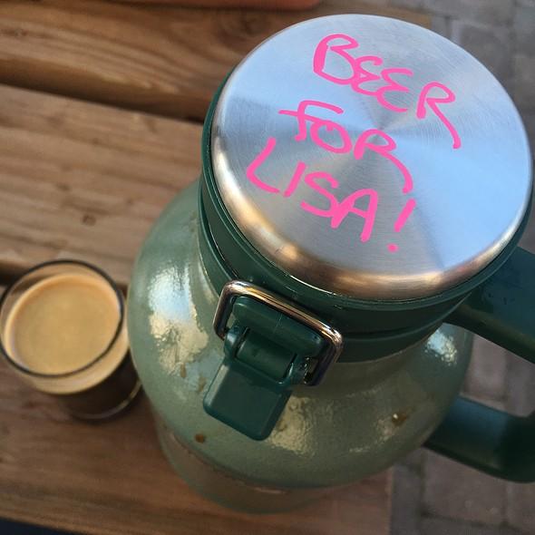 Rover Irish Stout Half-Pint & Growler @ People's Brewing Company