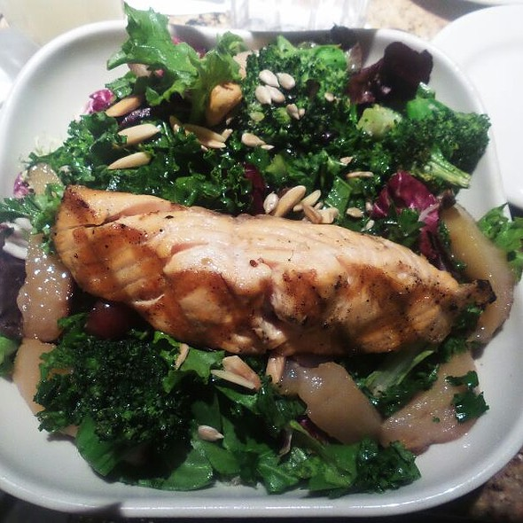 Antioxidants Salad @ The Cheesecake Factory