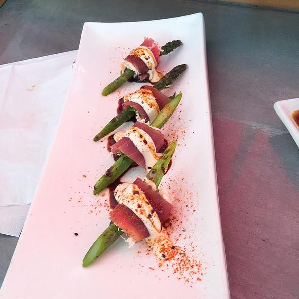 L Train @ Lou's Sushi