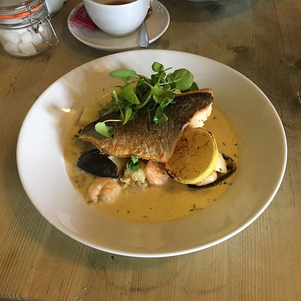 Pan Fried Seabream @ The Crown