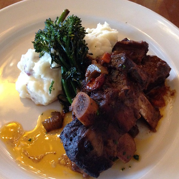 Bison Short Ribs @ Old Faithful Snow Lodge Dining: Obsidian Dining Room