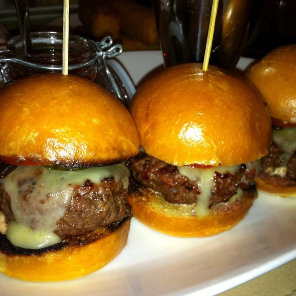 Bobby Baldwin Burgers