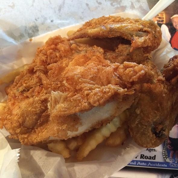 3 Piece Fried Chicken @ Kinch's