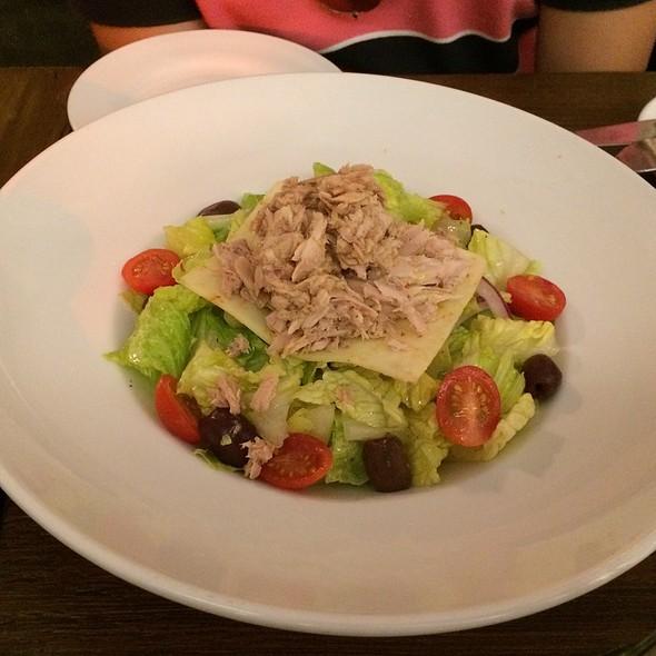 Calabrese Salad With Tuna @ Civico 1845