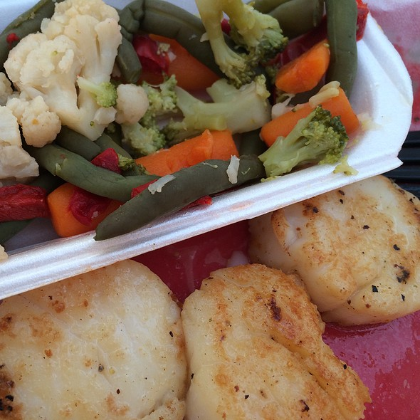 Grilled Scallops @ Crab Catchers On the Wtrfrnt
