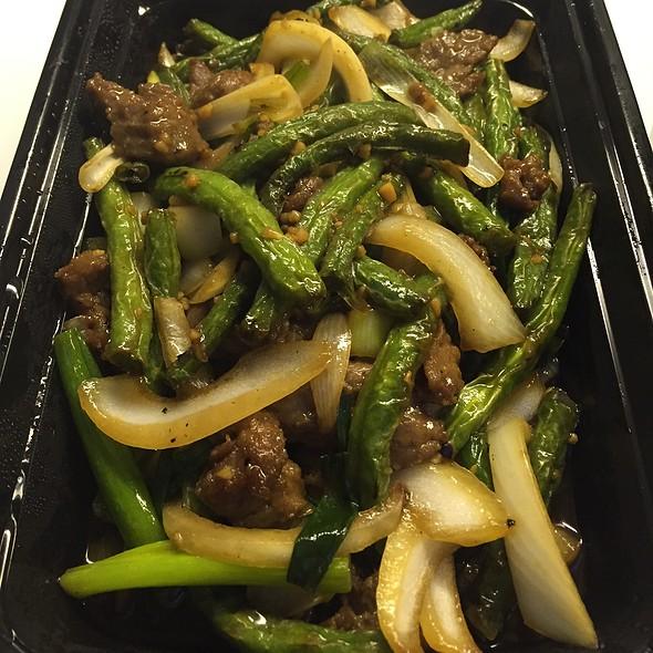 Dry Fried Green Beans @ Mama Ji's