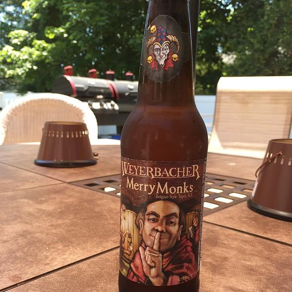 Weyerbacher Merry Monks @ Myplace