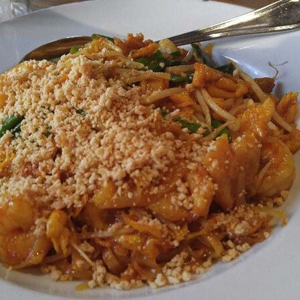 Pad Thai - Wokcano - Downtown LA, Los Angeles, CA