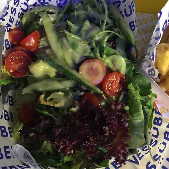 green salad @ Überness