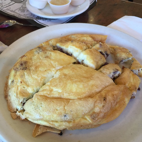 Bacon Omelette With Swiss Cheese @ Original Pancake House