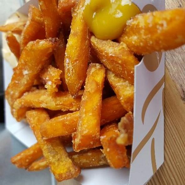 Sweet potato fries @ Go'Grilla Foodtruck, Oslo