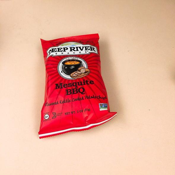 Deep River Bbq Chips @ Zia's Delicatessen