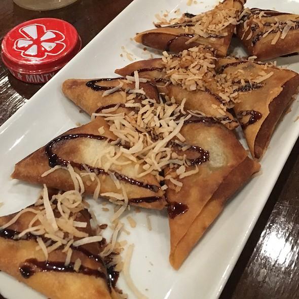 Fried Banana Wontons @ 99 Degrees Seafood Kitchen