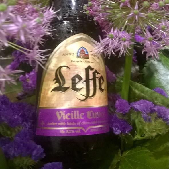 Leffe Vieille Cuve @ Home Sweet Home Sir Aqua