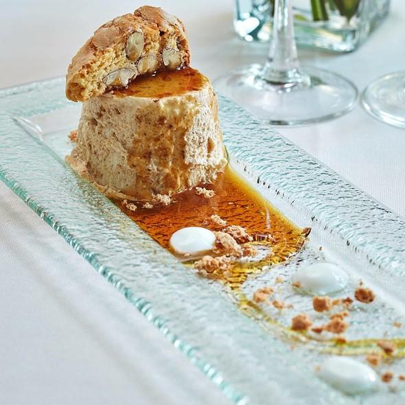 Cantucci Parfait With Vinsanto Wine Sauce @ Relais Le Jardin