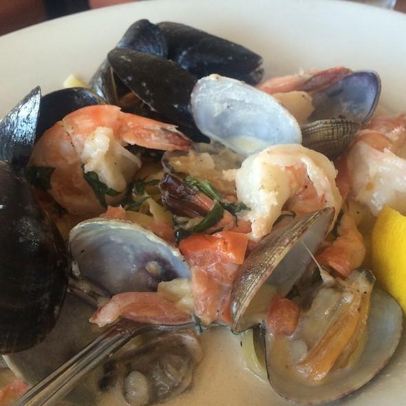 Seafood Linguine @ Pasta Pelican Restaurant