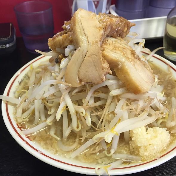 ラーメン @ 豚麺