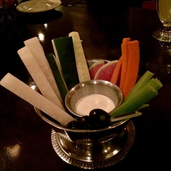 Complimentary Veggies And Dip @ Stockyard's Restaurant
