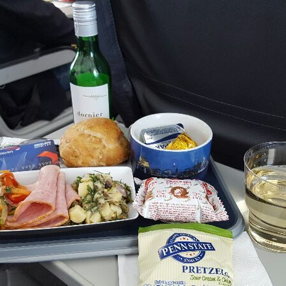 Dinner Inflight @ British Airways BLL - OSL