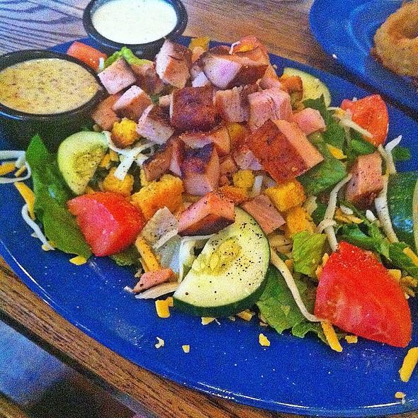 Smoked Turkey Salad @ Mojo BBQ